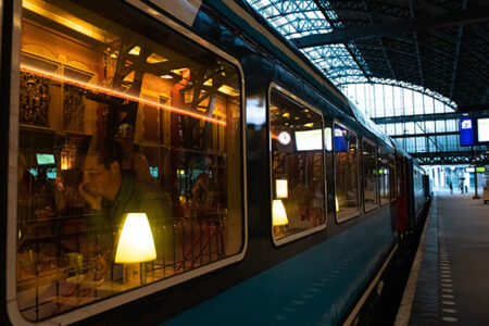 Dinner_Train_Amsterdam_station_1